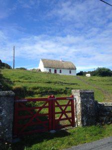 Lil cottage on Inis Mor